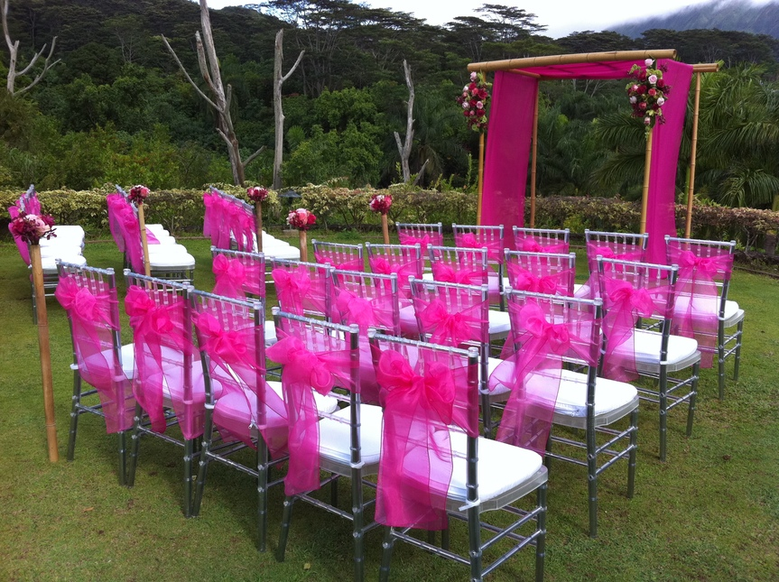 covers wholesale at wwwsimplyelegantchaircoverscom chiavari chairs
